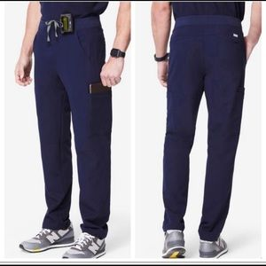 FIGS Axim navy cargo blue scrub pants M